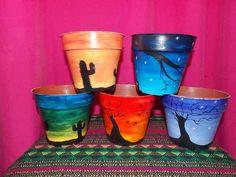 Flower Pot Art, Flower Pot Design, Flower Pot Crafts, Clay Pot Crafts, Painted Plant Pots, Painted Flower Pots, Flower Planters, Pots D'argile, Clay Pots