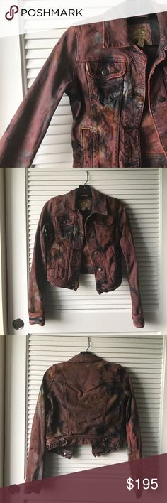 VINTAGE A&F. Vintage A&F denim jacket. One-of-a-kind. Custom dyed. Fits true to size. Color will not run upon washing or wearing! Pics barely do this piece justice. High end finishings and slight distress on pockets. This is a piece that everyone wishes they could have in their closet 💋 All offers considered. Abercrombie & Fitch Jackets & Coats Jean Jackets