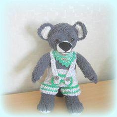 Strickanleitung kleiner Teddy, Bärchen, ca. 25 cm, kuschelig https://www.crazypatterns.net/de/items/16865/strickanleitung-teddybaer-teddygarn-ca-30-cm-kuschelig