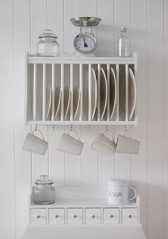 Kitchen spice rack - from http://www.thewhitelighthousefurniture.co.uk