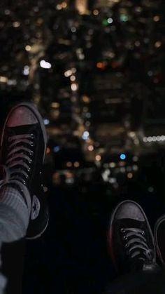 Crying Aesthetic, Night Aesthetic, City Aesthetic, Aesthetic Movies, Aesthetic Videos, Aesthetic Pictures, Lyrics Aesthetic, Aesthetic Photography Grunge, Whatsapp Videos