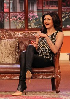 Sushmita Sen having some fun on 'Comedy Nights With Kapil'.