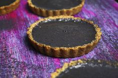 Sprinkle Bakes: Easy Chocolate Tart with Honey Crust - the name is spot on: easy. Great for a quick dessert for dinner guests
