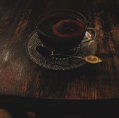 Witch Aesthetic, Aesthetic Collage, Aesthetic Vintage, Aelin Ashryver Galathynius, Celaena Sardothien, Hannibal Lecter Books, Medieval, Dorian Havilliard, Arab Swag