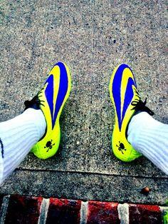 33 idées de GODAS | godasse, crampons football, chaussure de foot