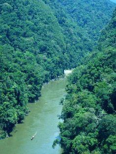 Río Inambari, Distrito de Inambari - Provincia de Tambopata, Región Madre de Dios