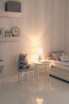 Pikku A:n huone Little Girl Bedrooms, Girls Bedroom, Little Girls, Baby Boy Nurseries, Kids Rooms, Design Elements, Sweet Home, Nursery, House Design
