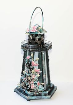 Mixed media light house with Extreme Sheen paints created for Hobbykunst. Created by Kirsten Hyde. Light House, Metallic Paint, Hyde, High Gloss, Mixed Media, Crafts, Painting, Manualidades, Lighthouse