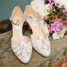 Gardenia Closed Toe Leather Wedding Shoes - wedding fashion