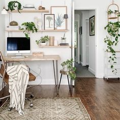 Home Office Space, Home Office Design, Home Office Decor, Cozy Home Office, Apartment Office, Office Room Ideas, White Studio Apartment, Desk Ideas, Office Spaces