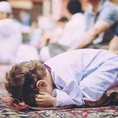 Cute Baby Boy Images, Cute Baby Videos, Cute Baby Pictures, Muslim Couple Photography, Cute Kids Photography, Cute Little Baby Girl, Cute Babies, Alhamdulillah, Ramadan Poster