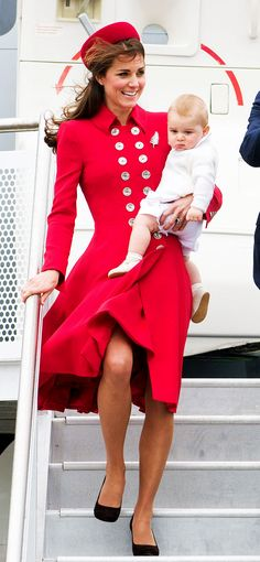 Kate Middleton rocks a red look while on tour // #QueenKate #Royals