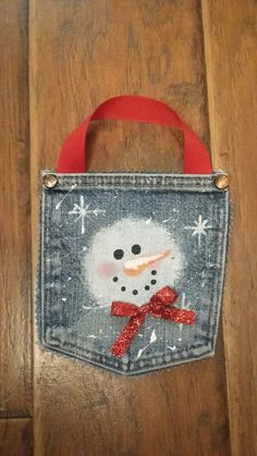 Diy Crafts - Fantastic,handmade-Fantastic Pictures Snowmen crafts handmade Suggestions Snowman Christmas time crafts may often be built just about all Christmas Ornaments To Make, Christmas Deco, Homemade Christmas, Christmas Snowman, Rustic Christmas, Christmas Projects, Christmas Holidays, Snowman Crafts, Holiday Crafts