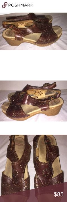 DANSKO sandals DANSKO Brown LEATHER ANKLE STRAP WEDGE CLOG SANDAL Shoes 39. Absolutely beautiful and in EXCELLENT condition! Bundle & save!! Dansko Shoes Sandals