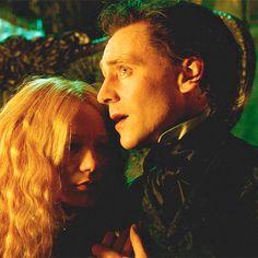 Awwwwww! That little kiss! Soooooo cuuuuuuutte!