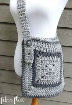 Fiber Flux: Free Crochet Pattern...Cozy Messenger Bag! New work bag