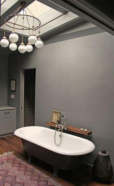 Adolf Loos Brioni by Woka Lamps Vienna seen at Soho House Chicago, Chicago Bathroom Design Inspiration, Bad Inspiration, Soho House, New York Townhouse, Townhouse Designs, Tadelakt, Beautiful Bathrooms, Little Houses, Bathroom Interior