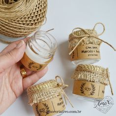 Lembrancinha de Casamento Vela Rústica com Juta Blonde Hair Looks, Candle Box, Diy Candles, Social Events, Best Day Ever, Food Gifts, Box Packaging, 3d Printing, Dream Wedding