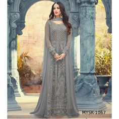 Salwar kameez goes well for all occasions with designer salwar kameez, party wear dresses. Exciting faux georgette floor length anarkali suit for festival, party and wedding. Pakistani Dresses, Indian Dresses, Indian Outfits, Indian Clothes, Desi Clothes, Indian Attire, White Anarkali, Anarkali Gown, Anarkali Suits