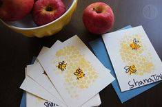 Easy (mess-free!) Rosh Hashanah crafts for kids!