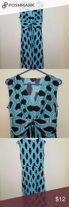 EAST 5TH DRESS Cute for work or dinner.  Size M no rips nor stains. East 5th Dresses Midi
