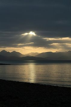 Cuillin, Skye - Torridon, Highland http://www.vacationrentalpeople.com/vacation-rentals.aspx/World/Europe/UK/Scotland/Highlands-and-Skye/