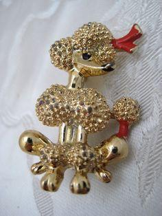 Unusual Vintage 1950s Goldtone Poodle Dog Brooch Kitsch Novelty Rockabilly  #Unbranded