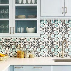 A bright cheery kitchen featuring @granadatile's #cementtile paired with pale blue #cabinets. Yes please! // #archilovers #architettura #backsplash #designhounds #designer #designinterior #designinspiration #designdeinteriores #homeinterior #homedesign #instadecor #interiordesign #interiors #interiorinspo #idcdesigners #kitchendesign #remodel #tileometry #tiles #tiled #tiledesign #tilelove #tilestyle #tilework #tileaddiction