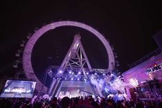The Ferris wheel in Shanghai Joy City mall attracts an average 1,500 guests daily. Photo: SCMP Handout