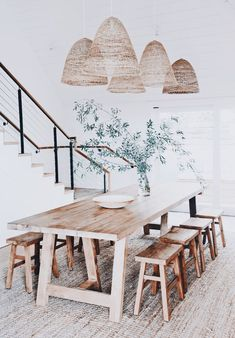 60 Easy Rustic Farmhouse Dining Room Makeover Ideas - Page 3 of 60 - Choti Decor House Design, Dining Room Makeover, Farmhouse Dining Room, Dining Room Design, Home Decor, House Interior, Dining Room Decor, Interior Design, Rustic Dining Room