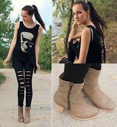 Skull Top, Leggings, Shoes (a favourite gothic punk clothes repin of VIP Fashion Australia )