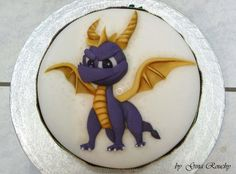 spyro☆ dragon cake