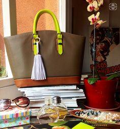 Picnic Bag petit by DCH  www.divinacastidadhandbags.com