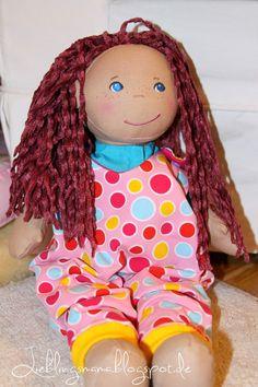 Püppis Liebling #1 - kostenloses Schnittmuster für einen Puppenstrampler