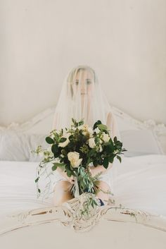 Floral Design Inspiration by Genevieve with La Fleur du Jour | Renee Hollingshead Photography | Wedding Sparrow | Fine Art Curation