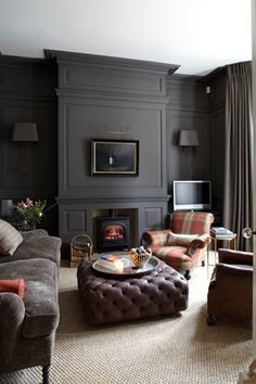 Color Inspiration: dark walls / dark trim / white ceilng