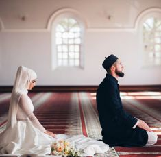 South African Muslim Cricketer Wayne Parnell And His Wife Are *MashaAllah* Literally Couple Goals! Cute Muslim Couples, Cute Couples Goals, Couple Goals, Muslim Couple Photography, Wedding Photography Poses, Portrait Photography, Arab Couple, Vintage Inspiriert, Islamic Pictures