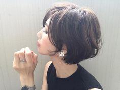 いいね!3,785件、コメント29件 ― Yuriさん(@yuricookie)のInstagramアカウント: 「・ ♡ ⚪︎ ・ earring/ @mon.tresor14 コロンとしたハートに 紫のお花と黄色のかすみ草が詰まった レトロな雰囲気のイヤリング 黒がベースで大人っぽくて素敵♡ ・…」