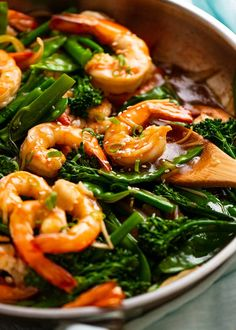 Close up photo of Prawn Stir Fry (Shrimp) in a skillet, fresh off the stove Prawn Dishes, Seafood Dishes, Savoury Dishes, Fish And Seafood, Prawn Recipes, Asian Recipes, Seafood Recipes, Healthy Recipes, Chinese Recipes