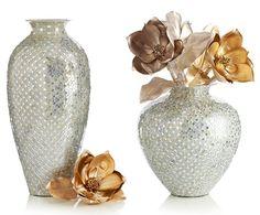 These White & Silver Mosaic Vases from Pier 1 add sparkle to any home! $89.95  // ¡Estos jarrones de mosaicos blancos y plateados de Pier 1 le darán un toque brillante a cualquier hogar! Precio: $89.95.