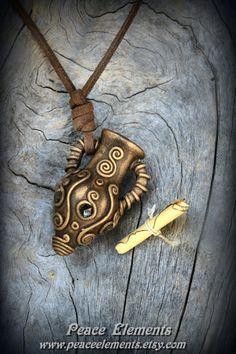 Clay Wish jar pendant blak garnet gemstone fairy par PeaceElements