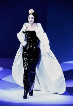 Mugler Fall 1995 Couture Collection Photos - Vogue#51#52