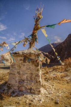 Prayer flags, Tibet, 2007 | by Breizhou