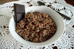Put this Hot Chocolate Steel-cut Oatmeal in the slow cooker the night before; eat it the next morning. Delicious. Bakerette.com