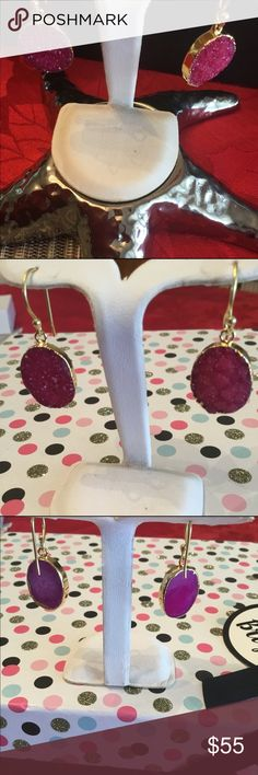 """Ruby red Druzy 24kt Dangle Earrings 🆕🌲⚜️ Stunning Oval Rose Crystals are surrounded by 24kt gold , they are a perfect size approximately 1 1/4"""" by 3/4"""" 🎁such a beautiful roses pink🌸❤️ Pacific Ri m Collection Jewelry Earrings"""