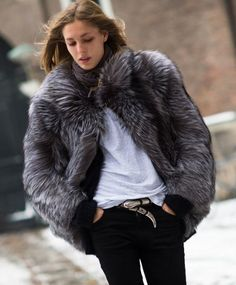 Love this fur coat, IM GETTING A WHITE ONE FOR CHRISTMAS❤❤