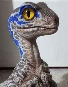 Jurassic World Raptors, Blue Jurassic World, Jurassic Park 1993, Jurassic World Fallen Kingdom, Raptor Dinosaur, Dinosaur Art, Toy Art, Jurrassic Park, Dog Water Fountain