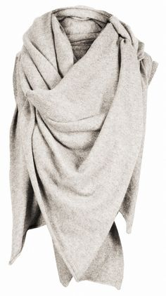 Oversized grey scarf #style #fashion #accessories
