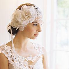 11 Lovely Bridal Headpieces - Be Modish bmodish.com #wedding #bridal