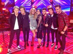 The boys with Demi and Paulina a few weeks ago when they recorded their performance!